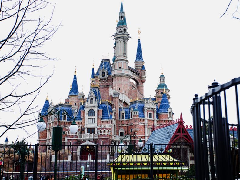 上海迪士尼乐园项目热镀锌加工案例